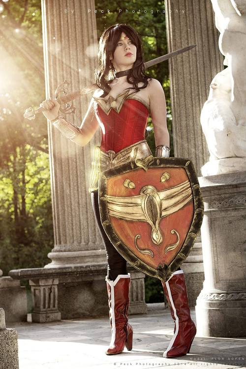 melhores-cosplays-mulher-maravilha (21)