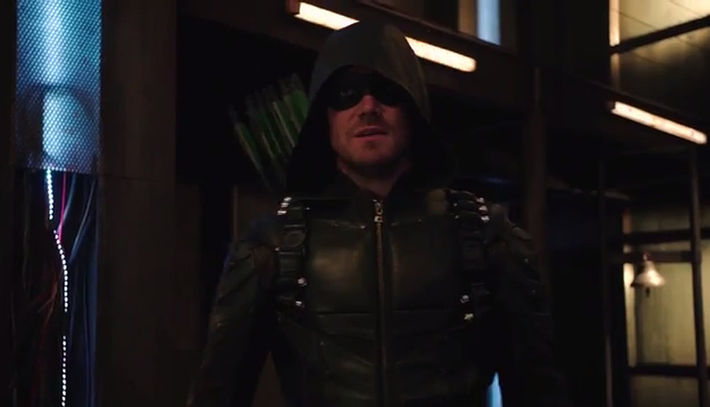 Divulgado mais um trailer da quinta temporada de Arrow!