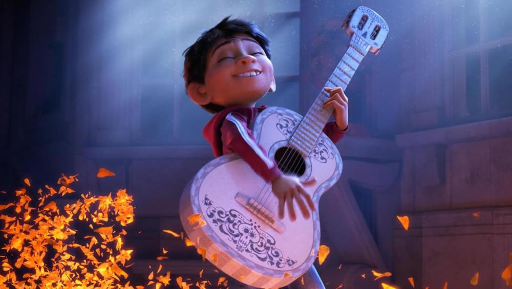 Divulgado o primeiro pôster de Viva - A Vida é uma Festa, nova animação da Pixar!