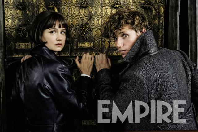 Newt reencontra Jacob em uma nova imagem de Animais Fantásticos: Os Crimes de Grindelwald!